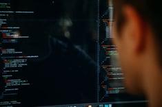 Estimating Software Development Cost - 6 Factors to Consider